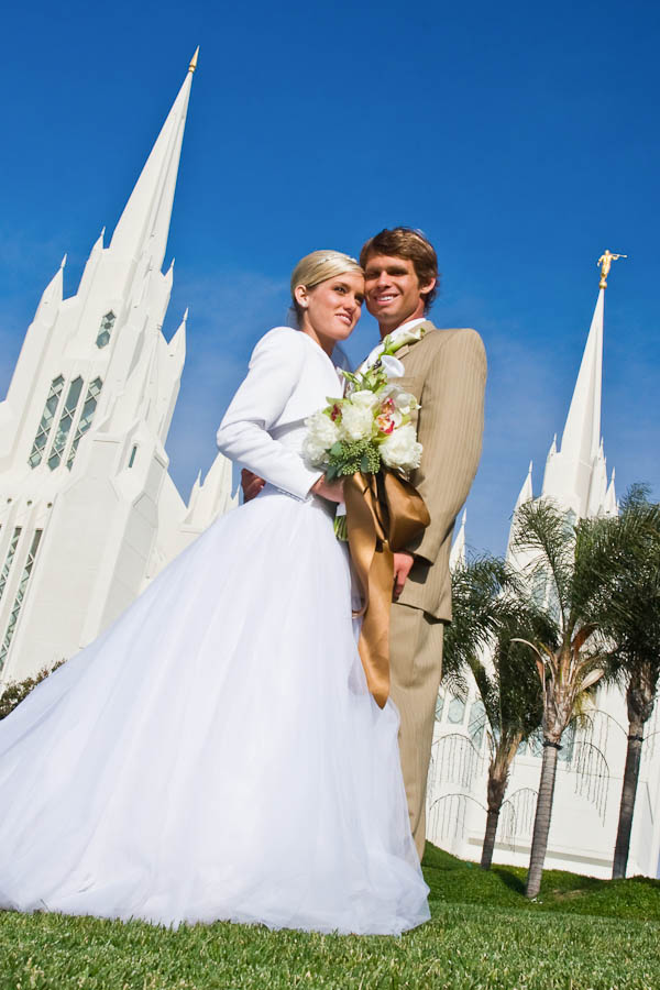 ntc promenade wedding photo 9 5fdd Cameron & Lindsay   San Diego LDS Temple & NTC at Liberty Station Wedding