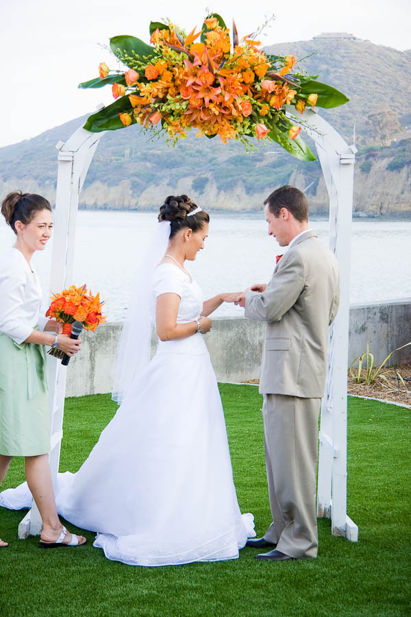 point loma wedding photographer photo 20 618e Ben + Mimi   San Diego LDS Temple & Oceanview Room Wedding